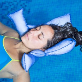 Aquatic therapy floating pillow
